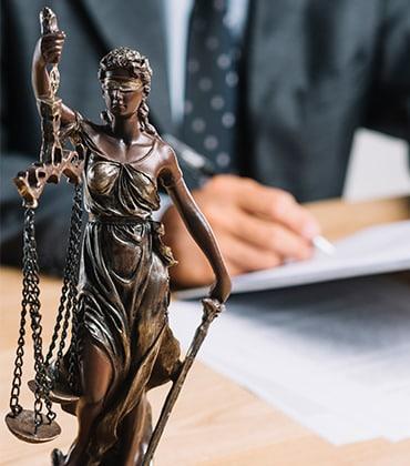 Rechts und Fachbereiche von Anwalt Regensburg Lothar Bücherl